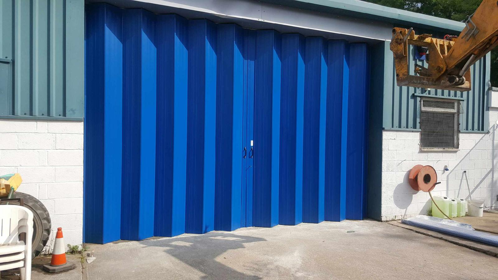 Folding Shutter Doors : collapsable doors - pezcame.com